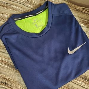 Mens Nike DRI-FIT running shirt